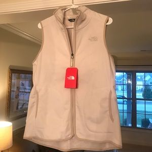 The North Face Women's Mosswood Vest - Size L